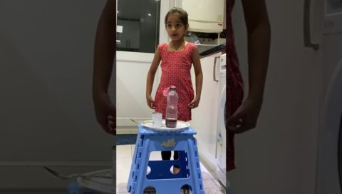 Inflating Balloon With Soda And Vinegar